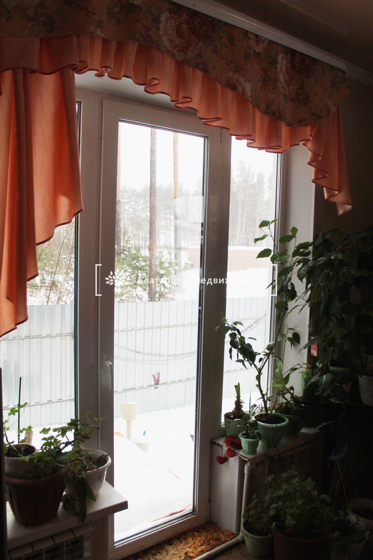 Дом на продажу по адресу Россия, Томская область, Шегарский р-н, Победа, Дорожный пер